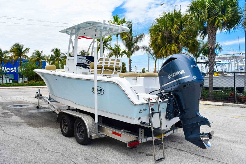 Thumbnail 6 for Used 2018 Sea Hunt 234 Ultra boat for sale in Fort Lauderdale, FL