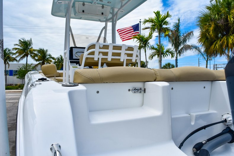 Thumbnail 13 for Used 2018 Sea Hunt 234 Ultra boat for sale in Fort Lauderdale, FL