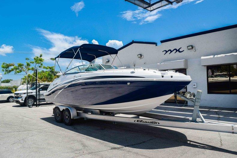 Thumbnail 1 for New 2019 Hurricane SunDeck SD 2486 OB boat for sale in Fort Lauderdale, FL