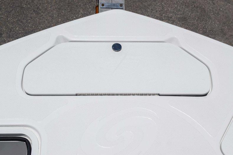 Thumbnail 67 for New 2019 Hurricane SunDeck SD 2486 OB boat for sale in Fort Lauderdale, FL