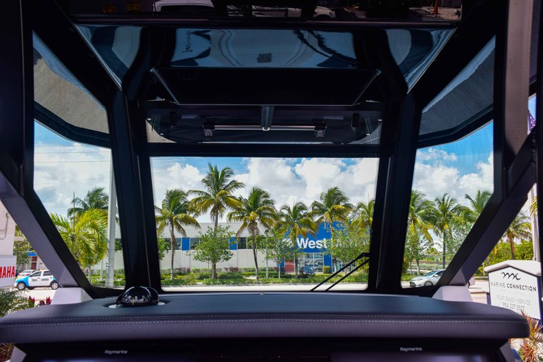 Thumbnail 43 for New 2019 Blackfin 272CC Center Console boat for sale in Fort Lauderdale, FL