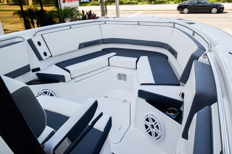 Thumbnail 61 for New 2019 Blackfin 272CC Center Console boat for sale in Fort Lauderdale, FL