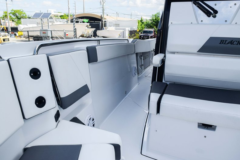 Thumbnail 73 for New 2019 Blackfin 272CC Center Console boat for sale in Fort Lauderdale, FL