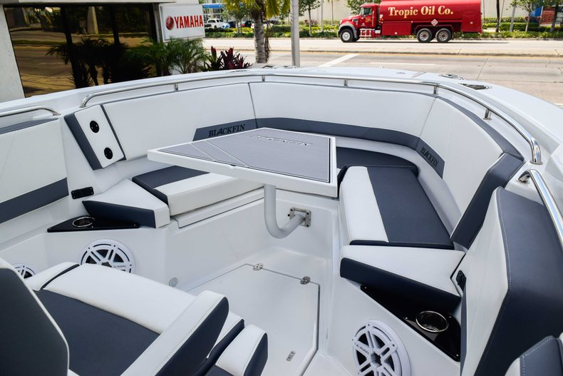 Thumbnail 80 for New 2019 Blackfin 272CC Center Console boat for sale in Fort Lauderdale, FL