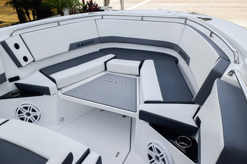 Thumbnail 81 for New 2019 Blackfin 272CC Center Console boat for sale in Fort Lauderdale, FL