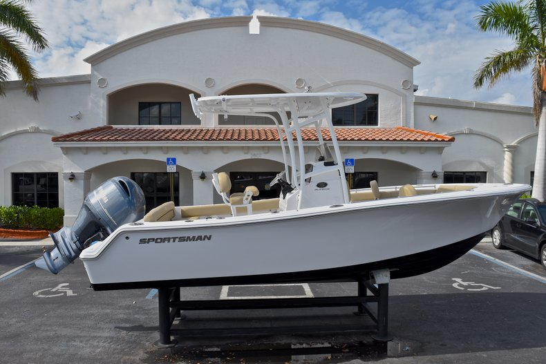 New 2018 Sportsman Heritage 211 Center Console for sale