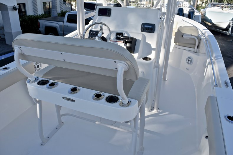 Thumbnail 4 for New 2018 Cobia 220 Center Console boat for sale in Islamorada, FL