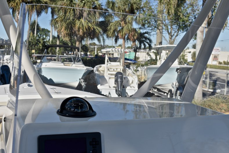 Thumbnail 20 for New 2018 Cobia 220 Center Console boat for sale in Islamorada, FL