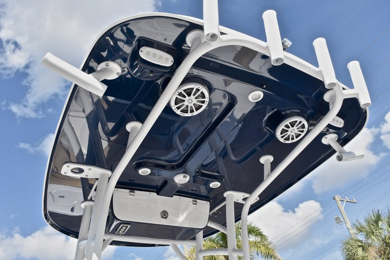 Thumbnail 22 for New 2018 Sportsman Open 212 Center Console boat for sale in Islamorada, FL