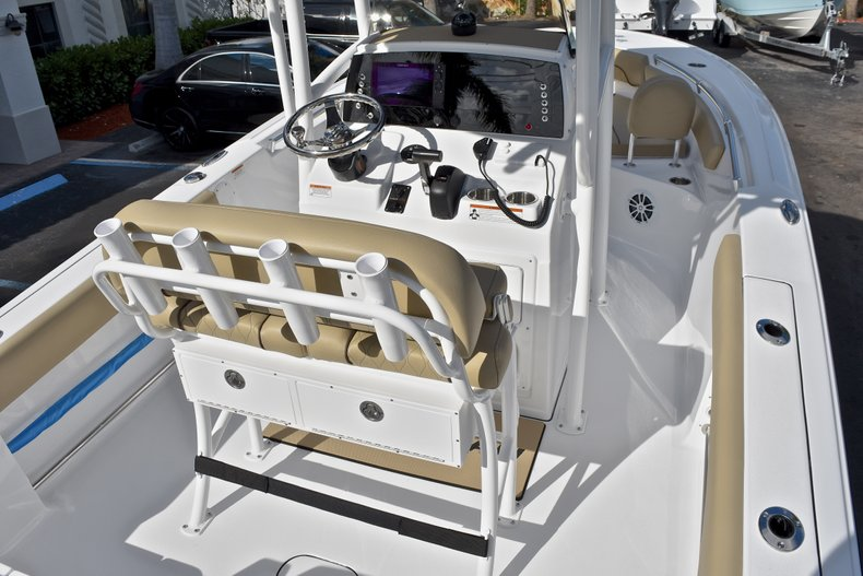 Thumbnail 9 for New 2018 Sportsman Open 212 Center Console boat for sale in Islamorada, FL