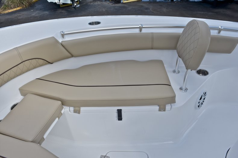 Thumbnail 44 for New 2018 Sportsman Open 212 Center Console boat for sale in Islamorada, FL