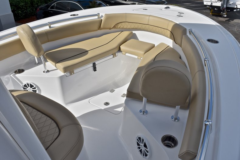 Thumbnail 39 for New 2018 Sportsman Open 212 Center Console boat for sale in Islamorada, FL