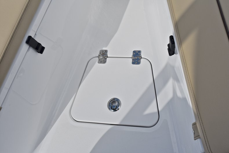 Thumbnail 46 for New 2018 Sportsman Open 212 Center Console boat for sale in Islamorada, FL