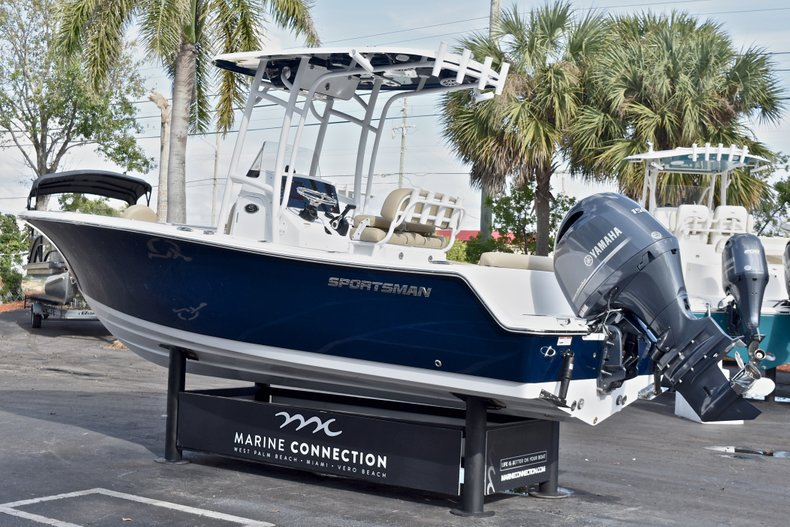 Thumbnail 5 for New 2018 Sportsman Open 212 Center Console boat for sale in Islamorada, FL