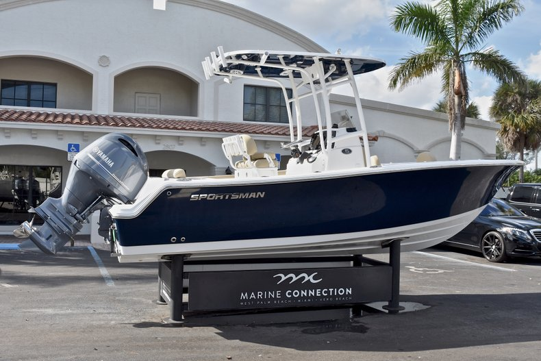 Thumbnail 7 for New 2018 Sportsman Open 212 Center Console boat for sale in Islamorada, FL