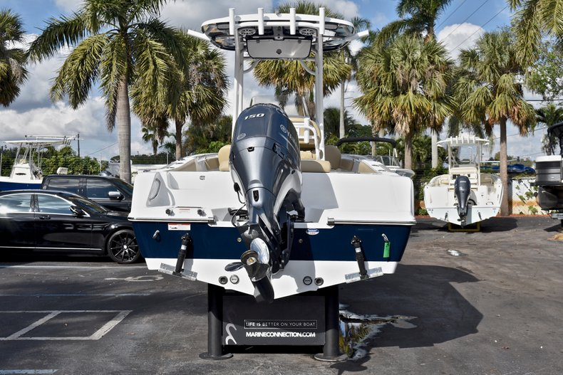 Thumbnail 6 for New 2018 Sportsman Open 212 Center Console boat for sale in Islamorada, FL
