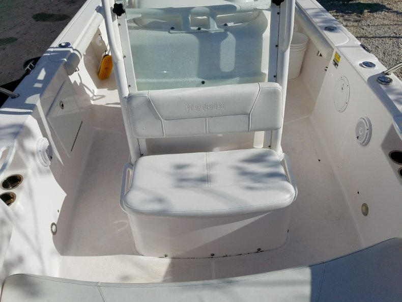 Thumbnail 12 for Used 2015 Everglades 230 CC Center Console boat for sale in Islamorada, FL