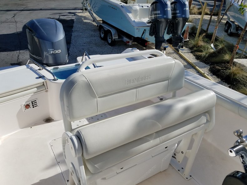 Thumbnail 6 for Used 2015 Everglades 230 CC Center Console boat for sale in Islamorada, FL