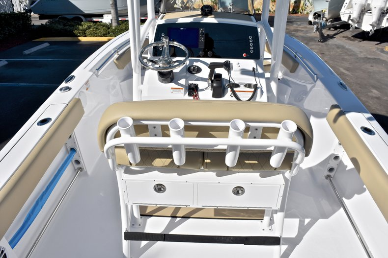 Image 9 for 2018 Sportsman Heritage 211 Center Console in West Palm Beach, FL