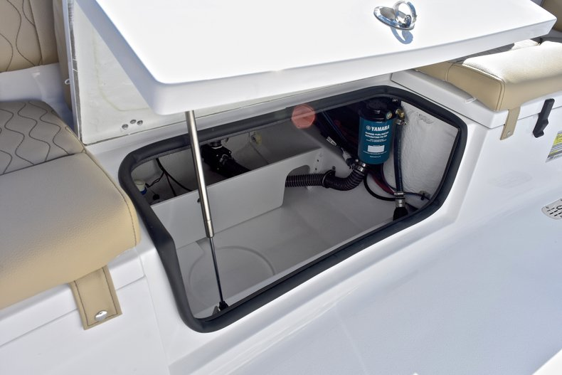 Image 16 for 2018 Sportsman Heritage 211 Center Console in West Palm Beach, FL