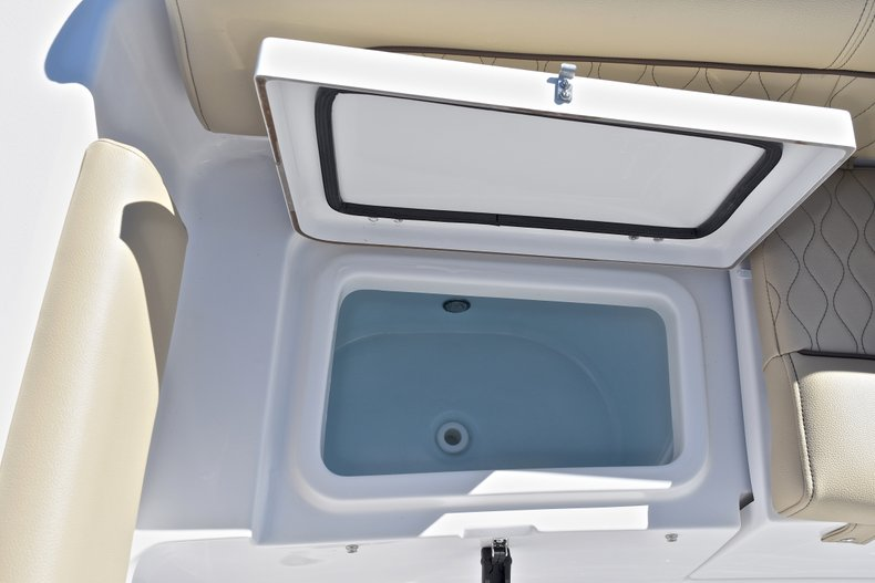 Image 14 for 2018 Sportsman Heritage 211 Center Console in West Palm Beach, FL