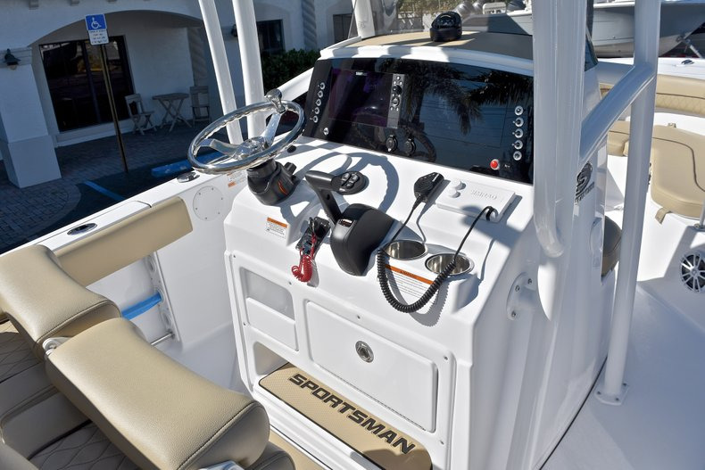 Image 27 for 2018 Sportsman Heritage 211 Center Console in West Palm Beach, FL