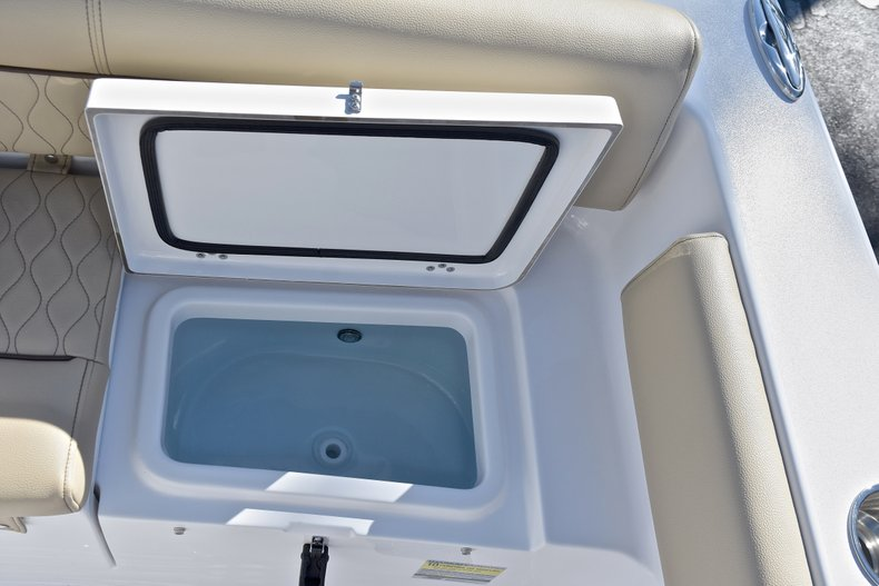 Image 18 for 2018 Sportsman Heritage 211 Center Console in West Palm Beach, FL