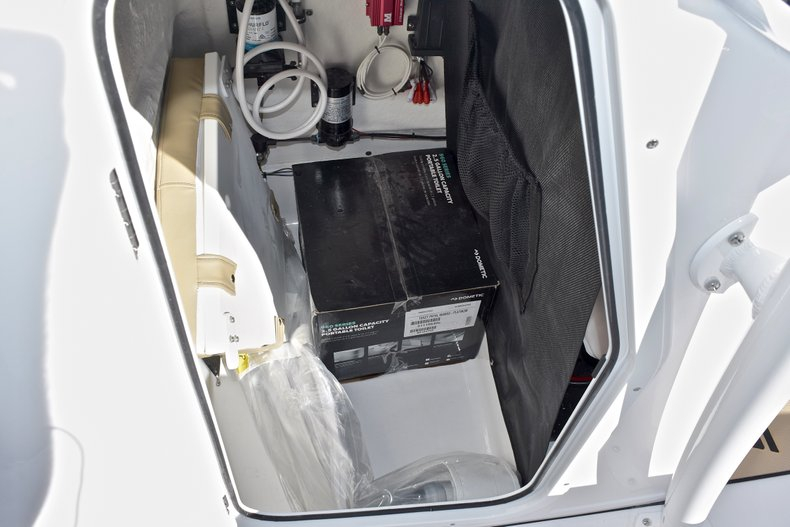 Image 41 for 2018 Sportsman Heritage 211 Center Console in West Palm Beach, FL