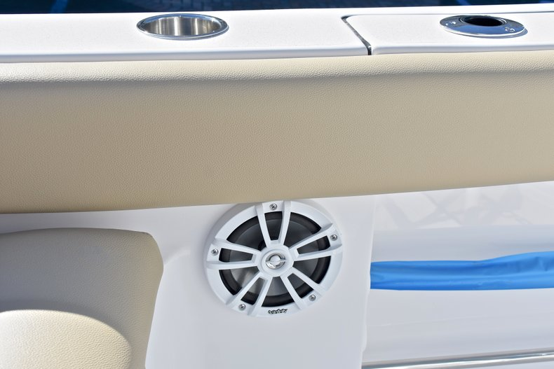 Image 20 for 2018 Sportsman Heritage 211 Center Console in West Palm Beach, FL