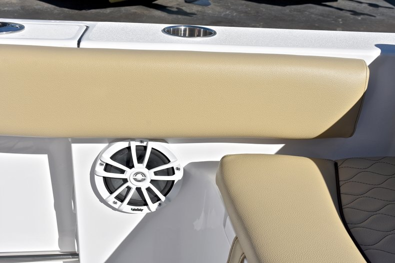 Image 22 for 2018 Sportsman Heritage 211 Center Console in West Palm Beach, FL