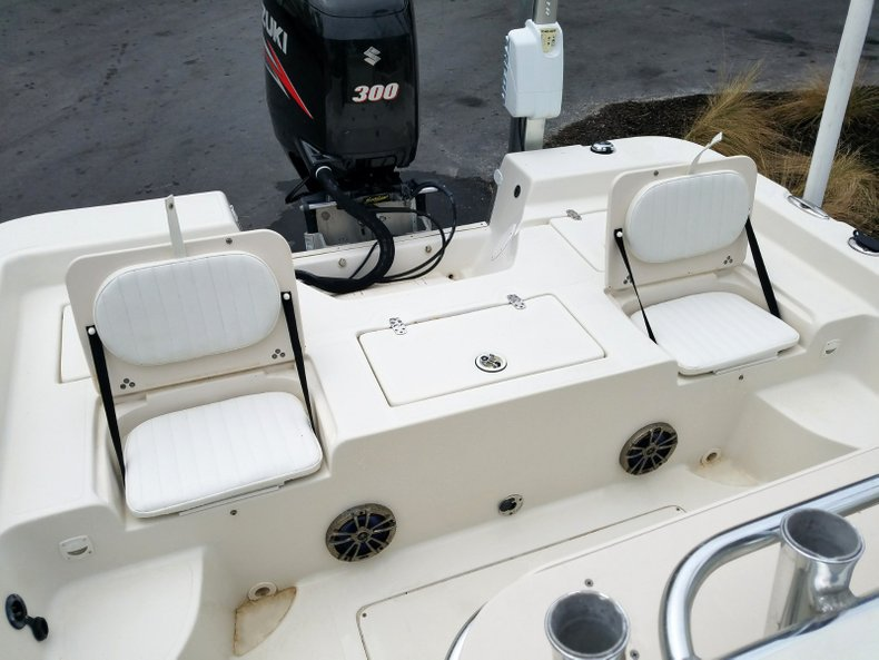 Thumbnail 6 for Used 2013 Sea Chaser 25 LX Bayrunner boat for sale in Islamorada, FL
