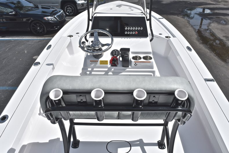 Thumbnail 10 for New 2019 Sportsman Tournament 214 Bay Boat boat for sale in Islamorada, FL