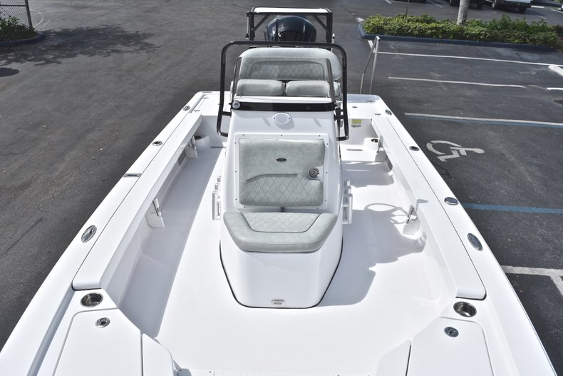 Thumbnail 45 for New 2019 Sportsman Tournament 214 Bay Boat boat for sale in Islamorada, FL
