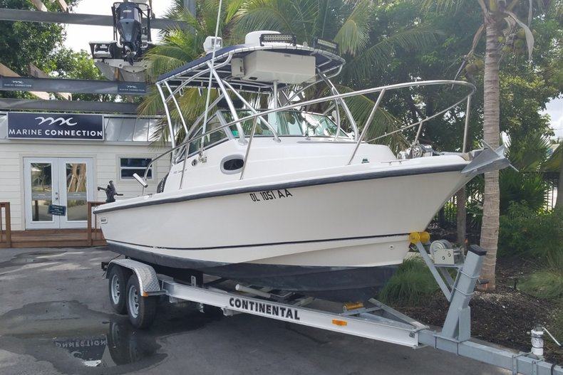 Image 1 for 2006 Boston Whaler 205 Conquest in Islamorada, FL