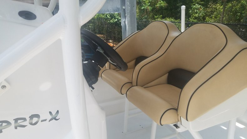 Thumbnail 5 for Used 2017 Glasstream 255 PRO-XS boat for sale in West Palm Beach, FL