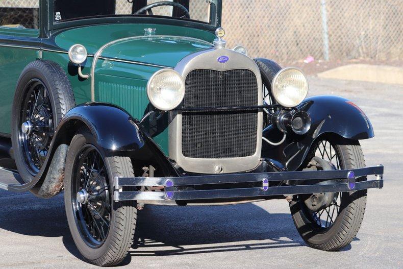 1929 ford model a town sedan