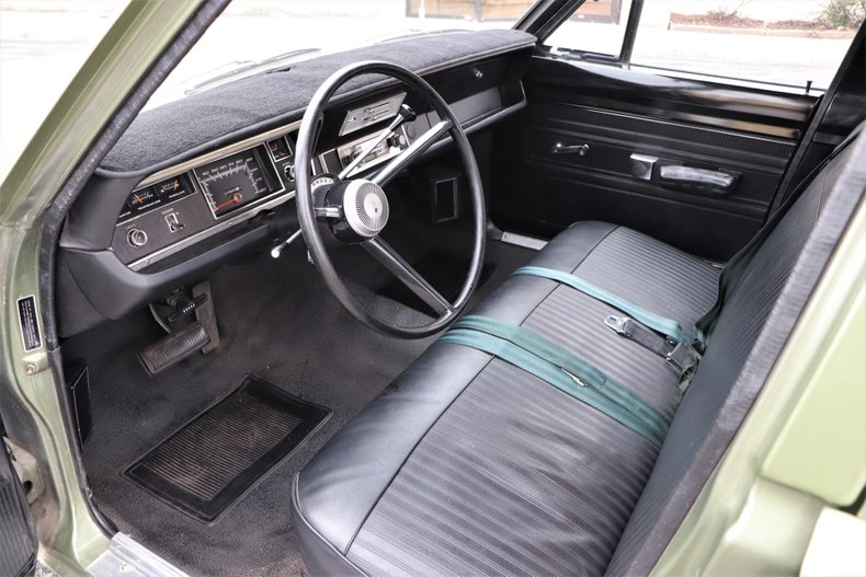 1968 plymouth valiant 100
