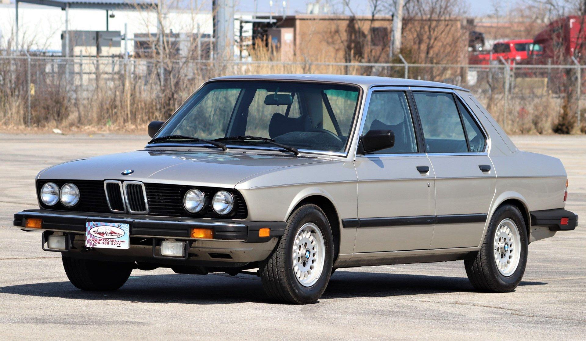 1983 bmw 533i