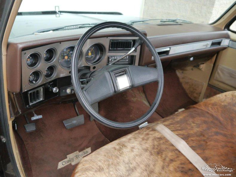 1985 chevrolet silverado 1 2 ton c10