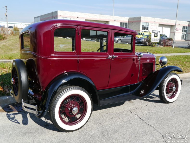 1930 ford model a deluxe fordor town sedan