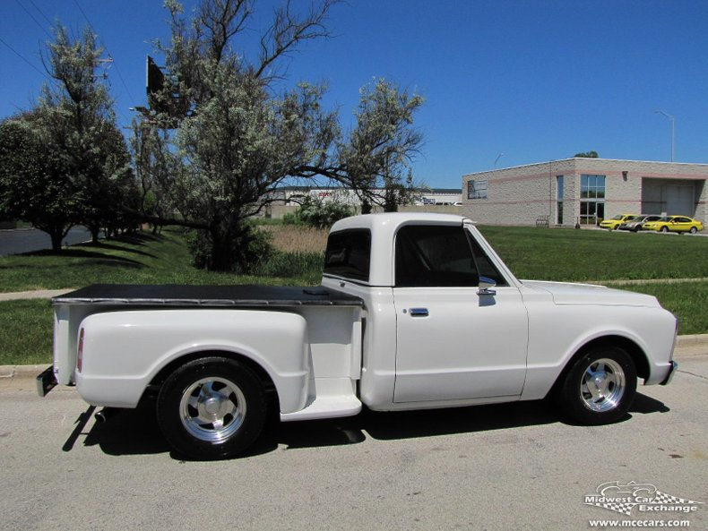 1970 gmc stepside 1 2 ton pickup