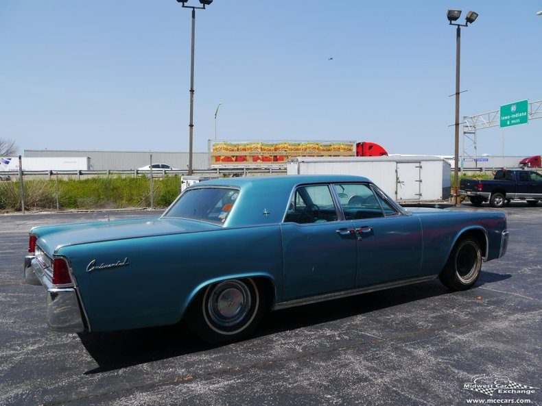 1961 lincoln continental 4 door sedan