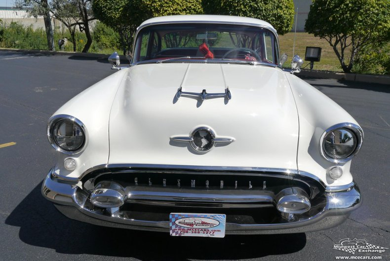 1955 oldsmobile 88 2 door sedan