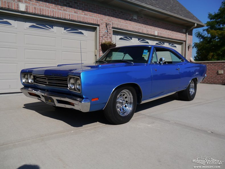 1969 plymouth roadrunner hard top