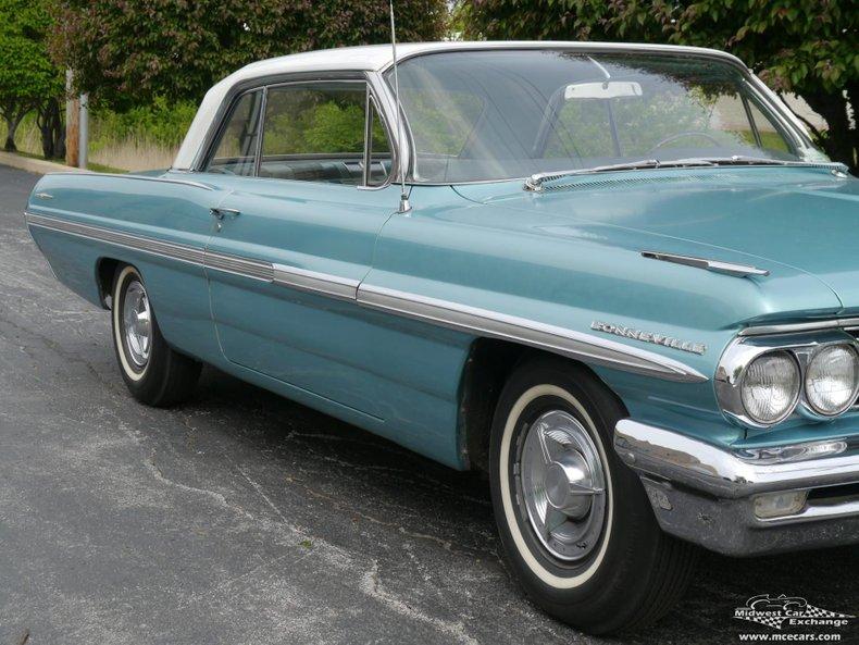 1962 pontiac bonneville 2 door hardtop