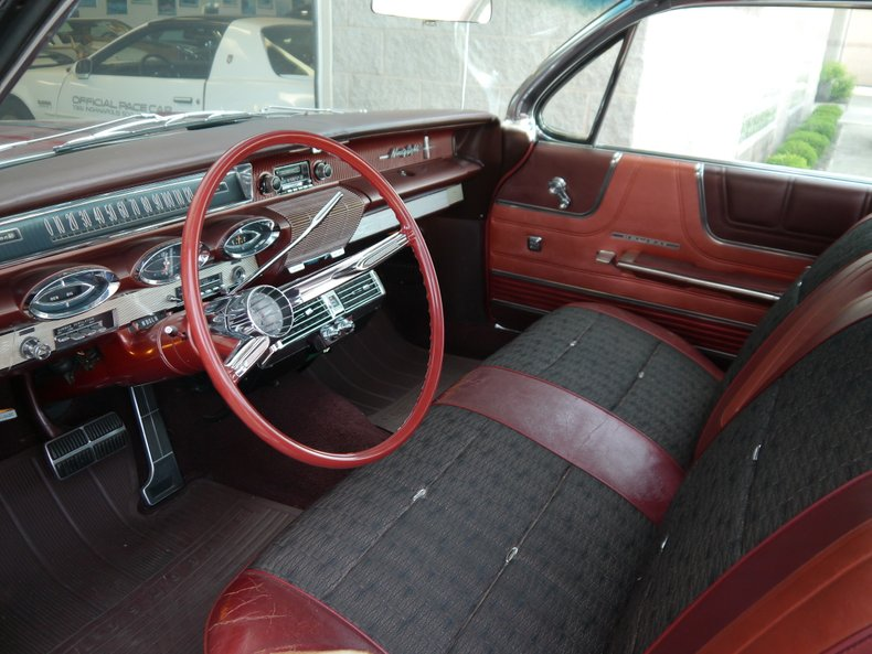 1961 oldsmobile ninety eight holiday hardtop