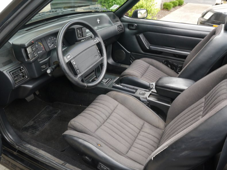 1993 ford mustang gt convertible