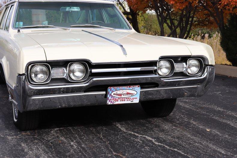 1967 oldsmobile vista cruiser