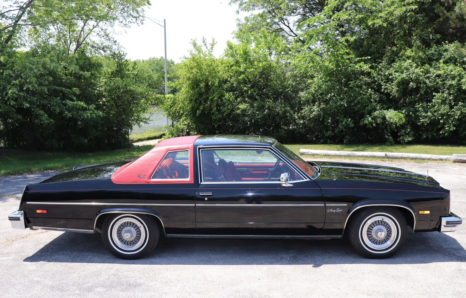1977 oldsmobile 98 regency