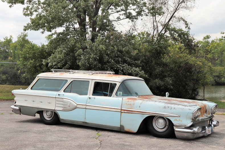 1958 pontiac star chief custom safari station wagon
